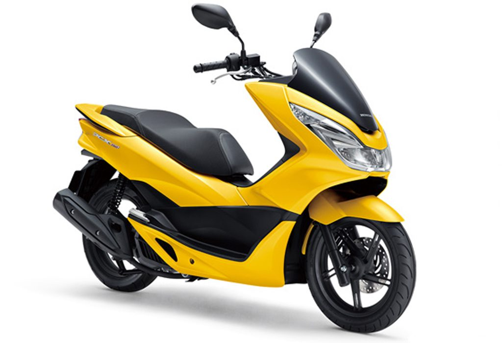 18YM-PCX150-Clipper-Yellow