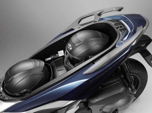 Honda Forza NSS300A Storage