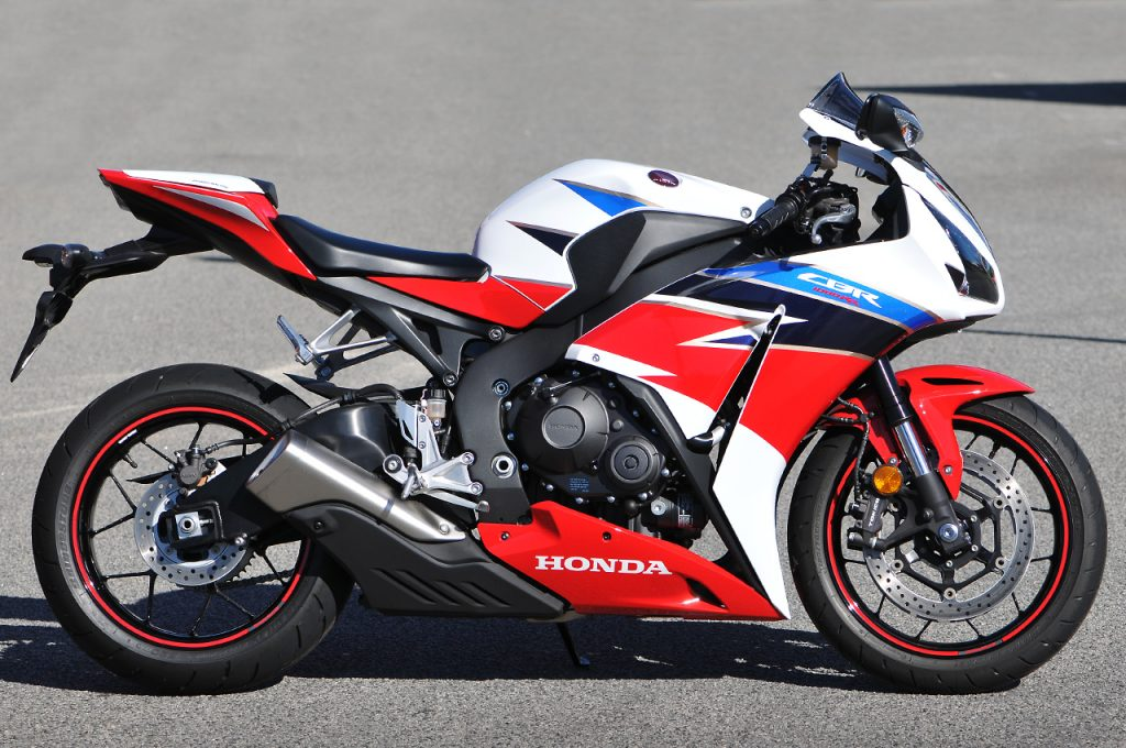 CBR1000RR 2016 Tri Colour options_01