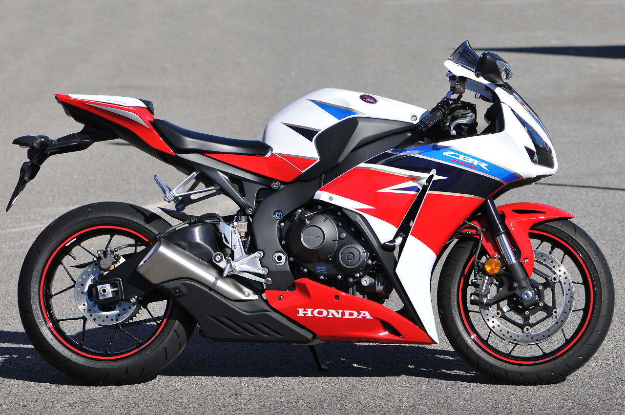 honda cbr1000rr fireblade the honda shop. Black Bedroom Furniture Sets. Home Design Ideas
