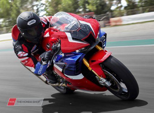 Honda CBR1000RR-R SP 2020 on track