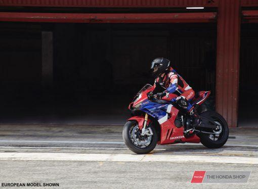 Honda CBR1000RR-R SP 2020 track