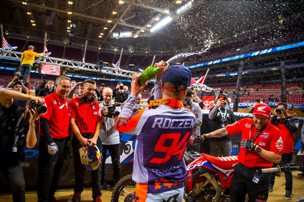 Roczen victorious in Missouri